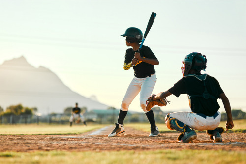 Brokers and underwriters make a comeback in sports and entertainment