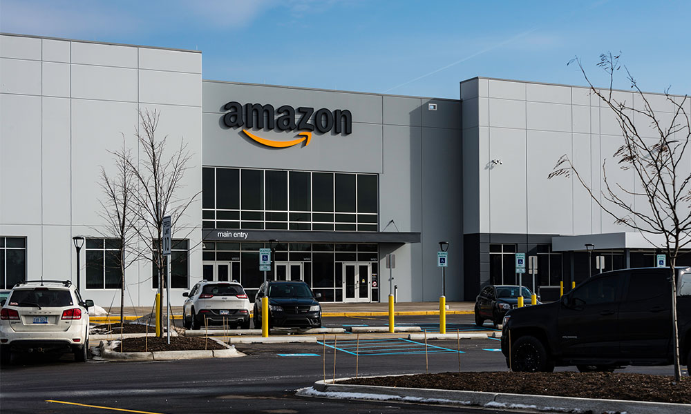 Amazon offers one-time bonuses to appease frontline workers