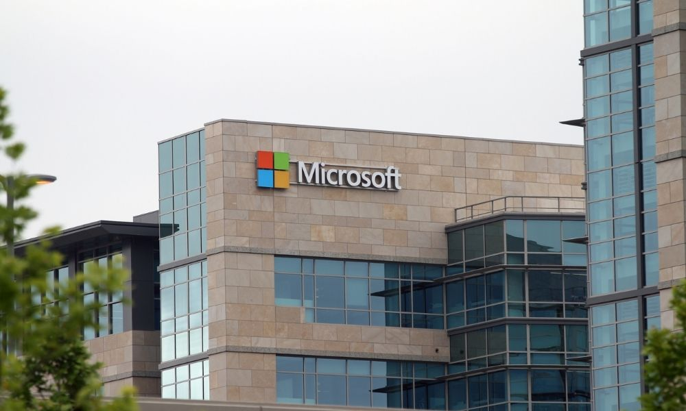 Microsoft CEO: Don't abuse workplace 'power dynamic'