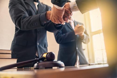 AIG wins appeal against former executives demanding their bonuses