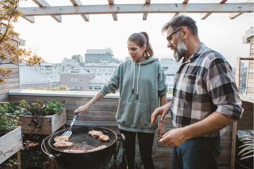 Zurich Insurance UK calls for an end to promotion of balcony barbecues