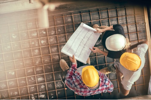 Building broker business in the construction insurance sector