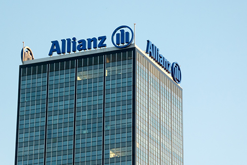 "Allianz celebrates ""dynamic revenue development"" in Q3"