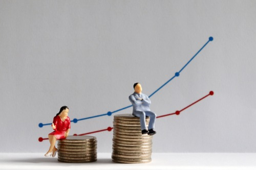 AXA UK publishes 2019 gender pay gap report