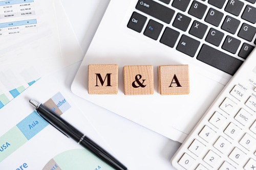 How has COVID-19 affected M&A insurance?
