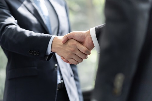 Ex-Zurich International CEO moves to digital insurance firm