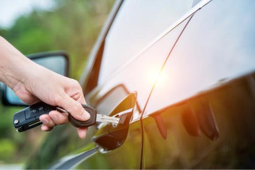 Otomobil sigortası için en (ve en az) pahalı on iş unvanı