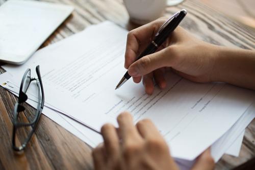 Ontario regulator extends deadline for insurance agent license renewal