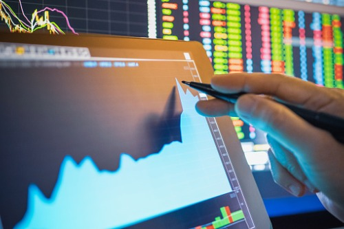 How do digital brokerages perform compared to their peers?