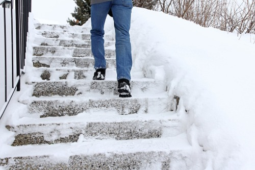 Bill limiting claim period for slip-and-fall incidents moves forward