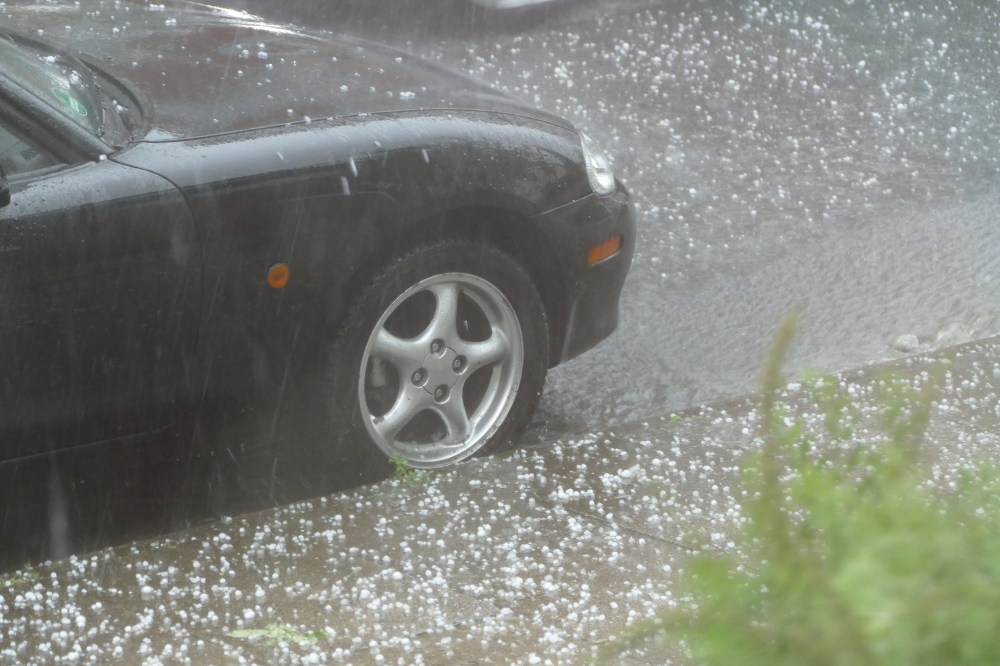 Billion-dollar hailstorm event tops Environment Canada's list of 2020 weather stories