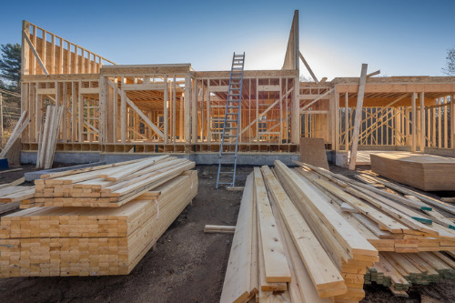 Homeowners should check their insurance amid rising lumber costs – IBC