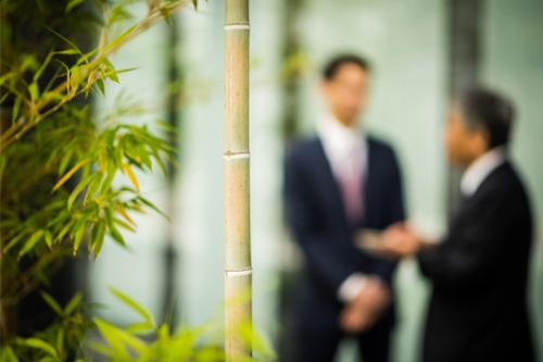 Japan Post punishes 573 officials over improper sales scandal