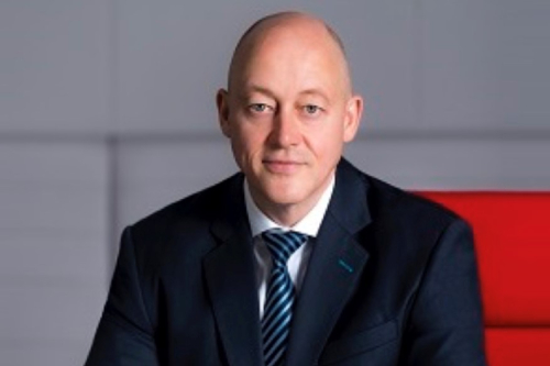 AIA Hong Kong & Macau CEO to retire; successor named | Insurance Business