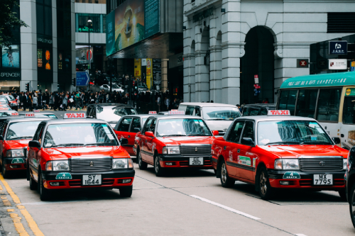 Hong Kong cabbies decry sky-high premiums for their taxis