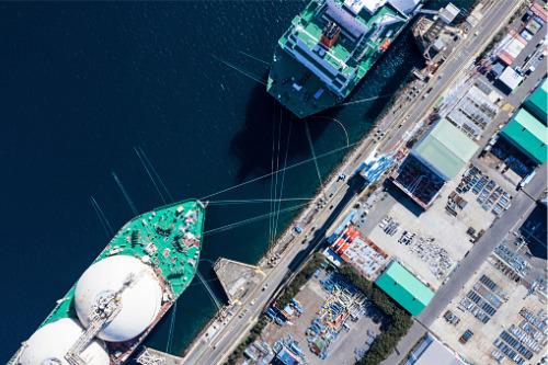 Singapore remains top global shipping hub