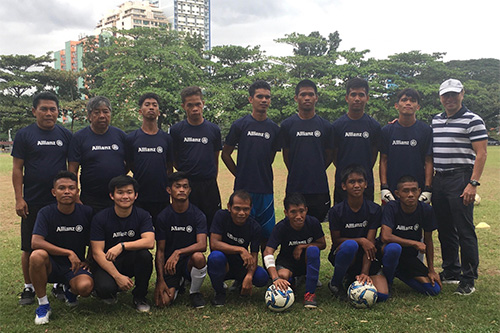 Allianz lends support to football team in ASEAN Para Games