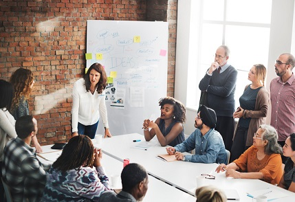 How smart leaders build connection between their people and brand