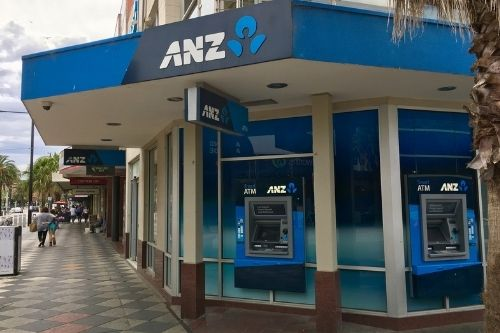 """ANZ fined $280,000 over credit card insurance """"duplicate policy"""" debacle"""