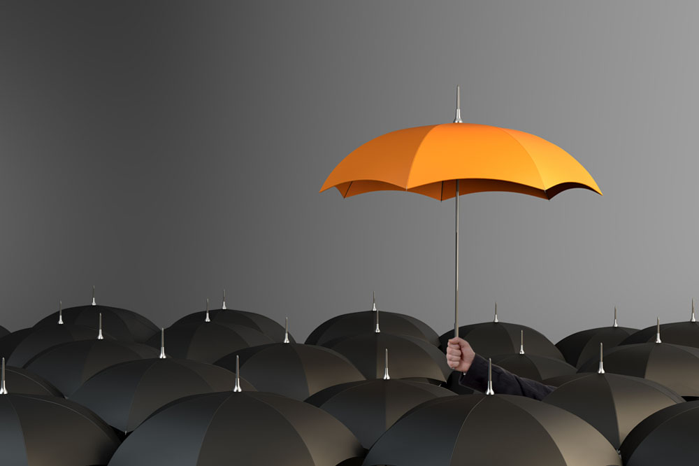 How can mutual insurance groups work more effectively alongside brokers?