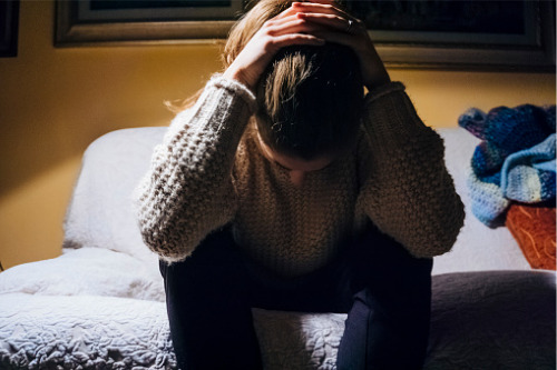 Report: Women experience more mental health problems than ...