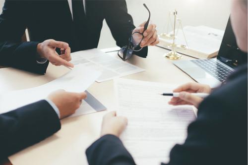 ASIC cracks whip on three financial advisers