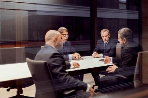 ASIC bans former Aon financial adviser