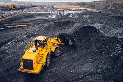 Australian coal industry seeks help as insurers rule out coverage