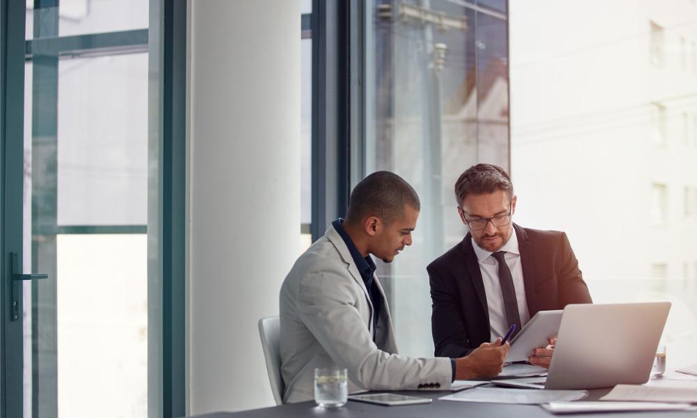 Can an employer revoke a job offer?