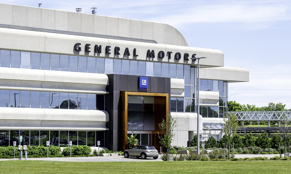 GM and Ford promote 1,500 temp workers to full-time status