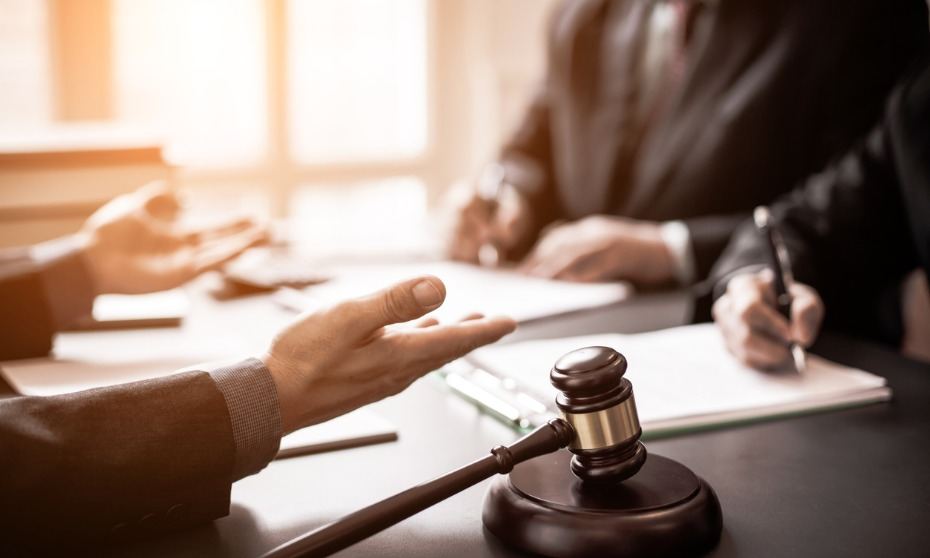 Can employees sue HR over bad references?