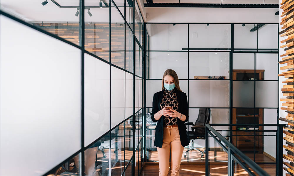 How COVID-19 is hurting women's confidence at work