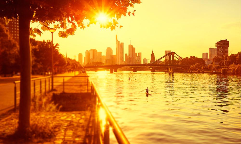 Canada heatwave: 'Heat dome' high of almost 50C as dozens die