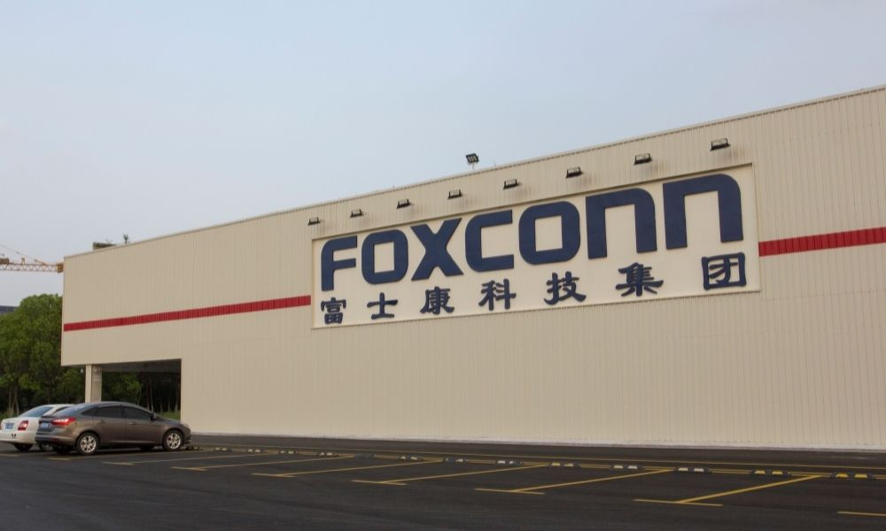 Apple supplier Foxconn in hiring blitz ahead of iPhone 13 launch: report - Human Resources Director
