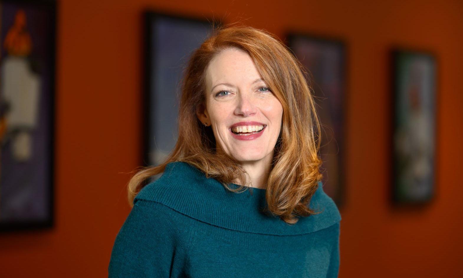 Donna Burnett Vachon, Hydro Ottawa (CA)