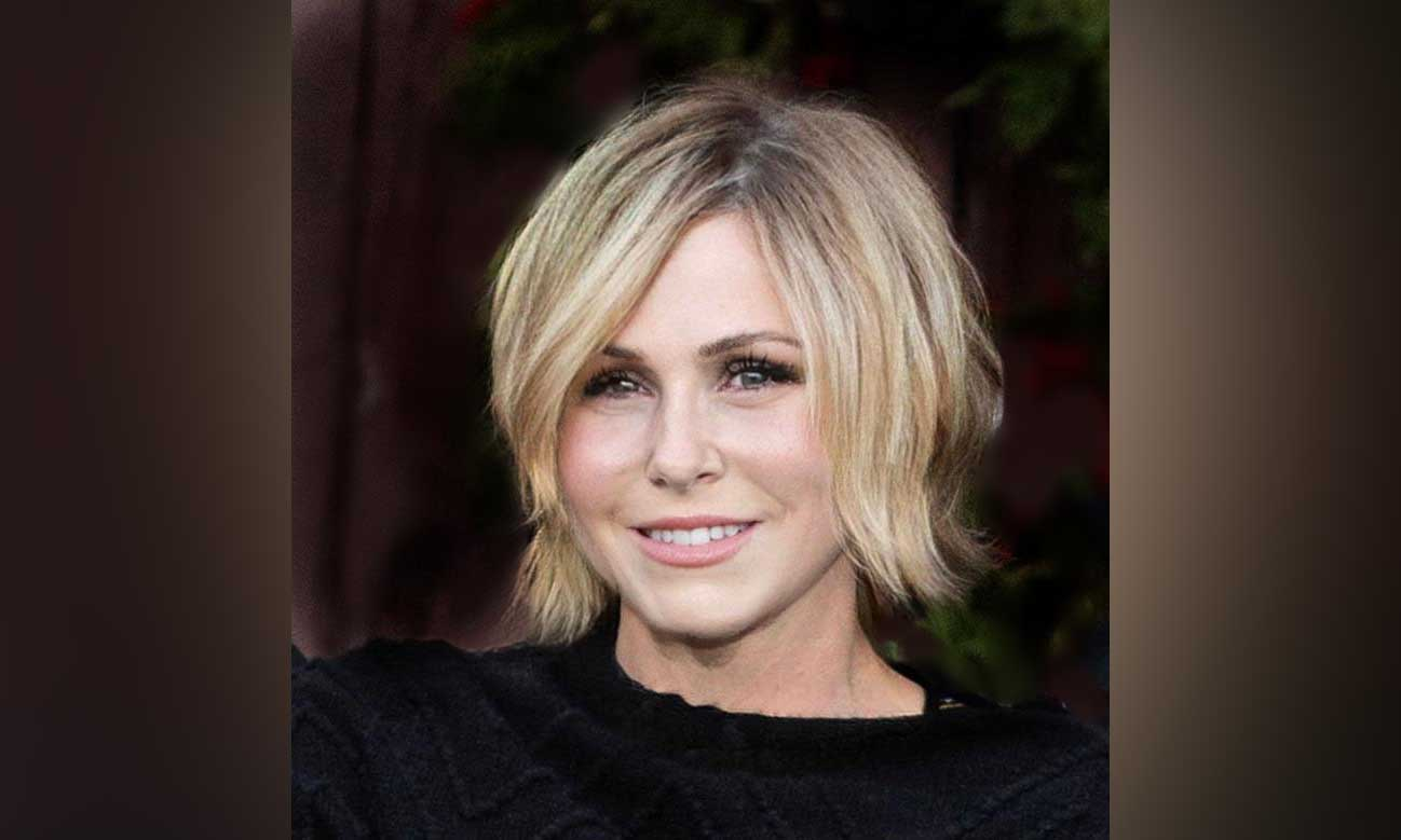 Jennifer Bouyoukos, Entertainment One (CA)