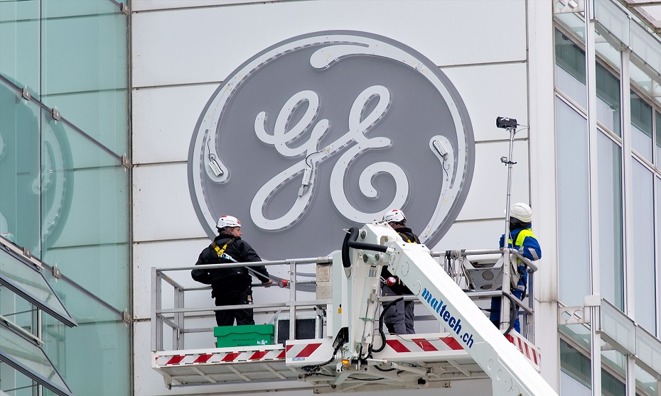 GE freezes pension benefits for 20,000 workers