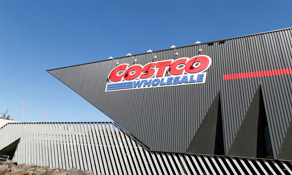 Retailer thanks staff with $750 bonus amid COVID-19 crisis