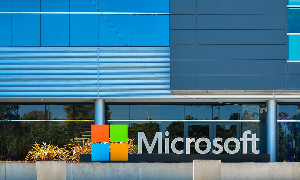 Microsoft workers call on leaders to scrap police contracts