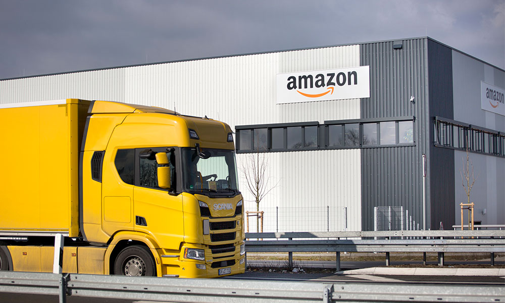 Amazon to create thousands of jobs at robotic mega warehouse