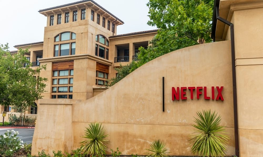 Former Netflix workers face charges for trading confidential info