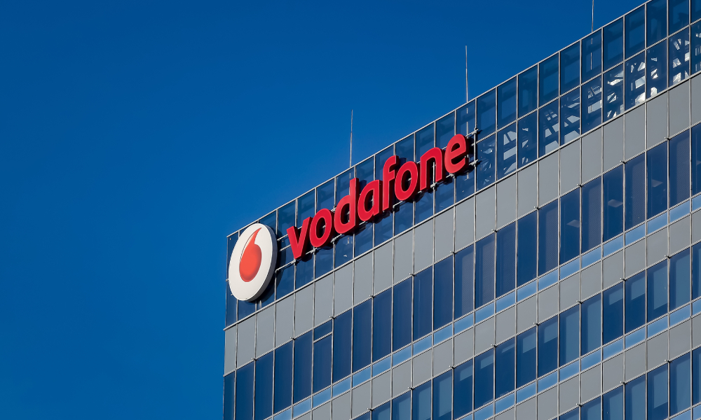 Vodafone NZ CEO Jason Paris reacts to customer who complained over te reo Māori