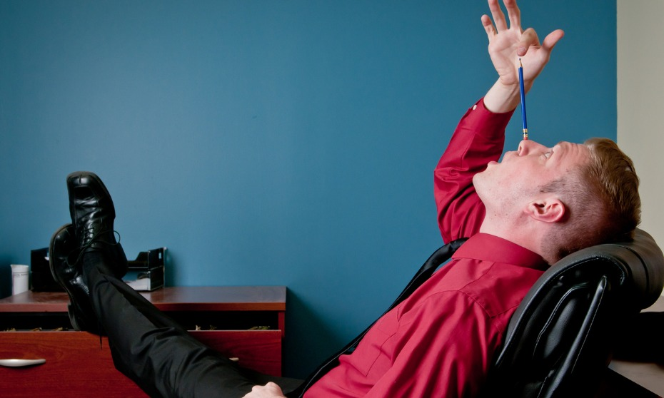 Employees behaving badly: When should HR step in?
