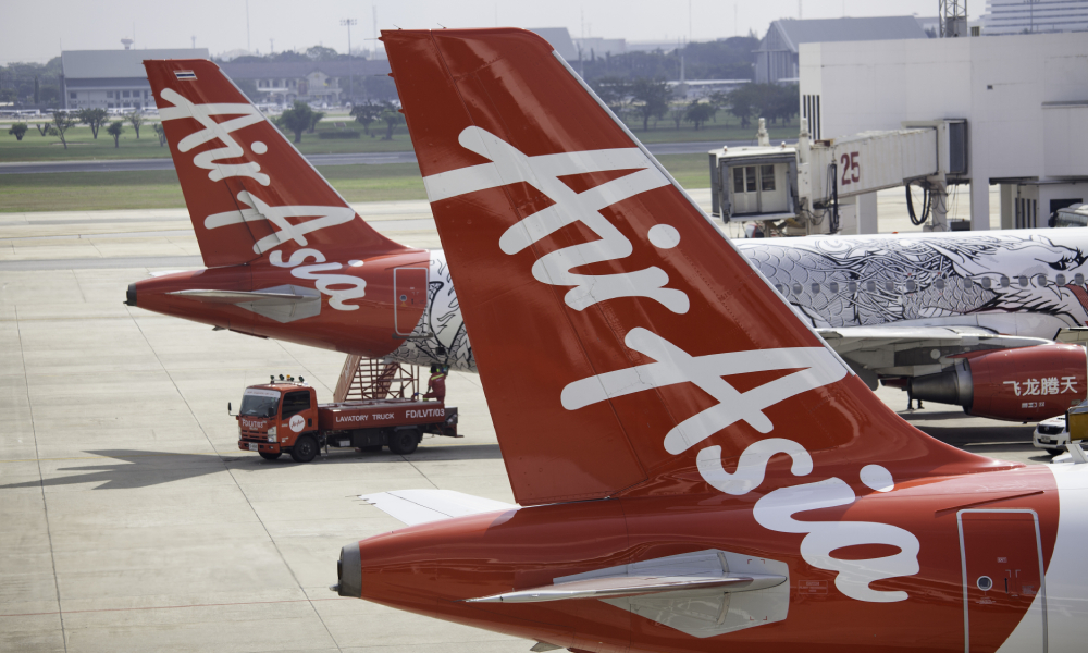 AirAsia X restructures to avoid bankruptcy