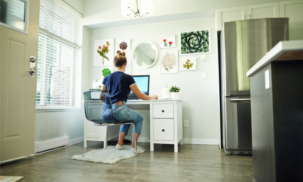 Google offers staff USD1,000 to buy furniture for home offices
