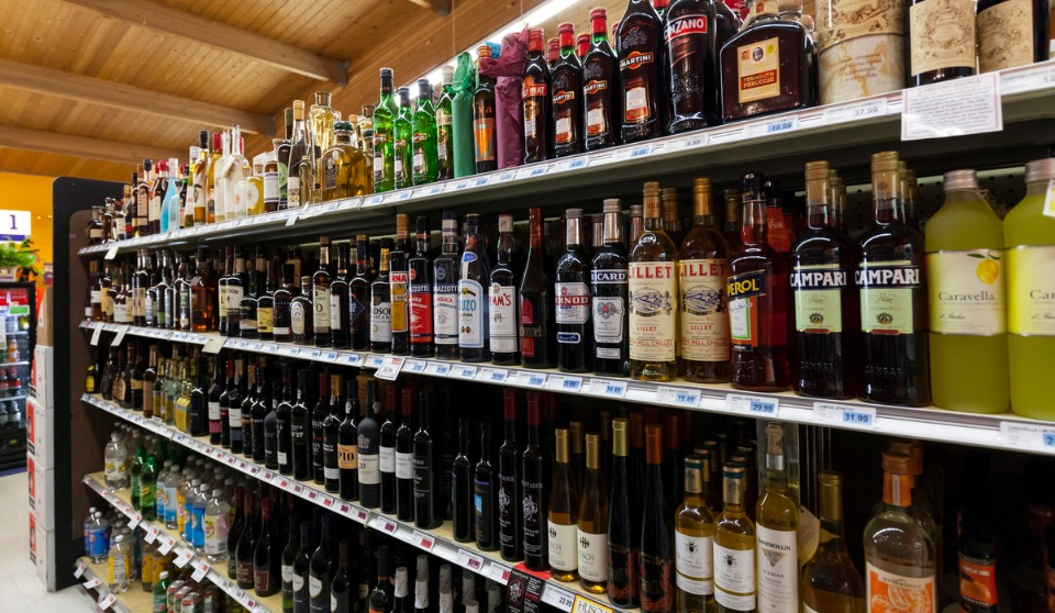 Manitoba Liquor store closed down after brutal assault on employees