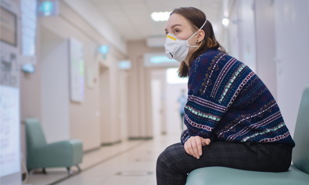 Manitoba requiring hospital, health centre visitors to use masks