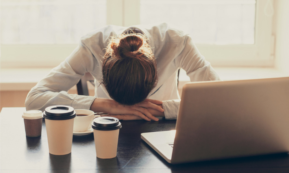 7 signs of sleep deprivation at work