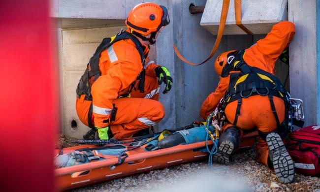 Broken rope injures worker on bridge, company fined $187,500