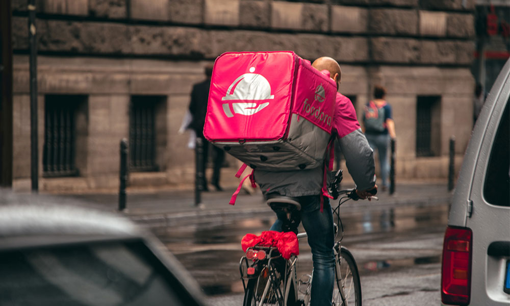 Ontario Labour Relations Board rules in favour of Foodora couriers in historic decision